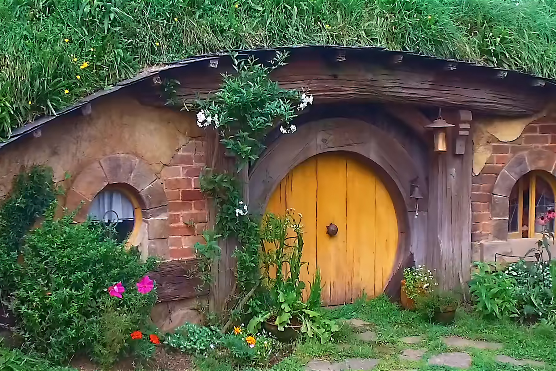 hobbit hole interior